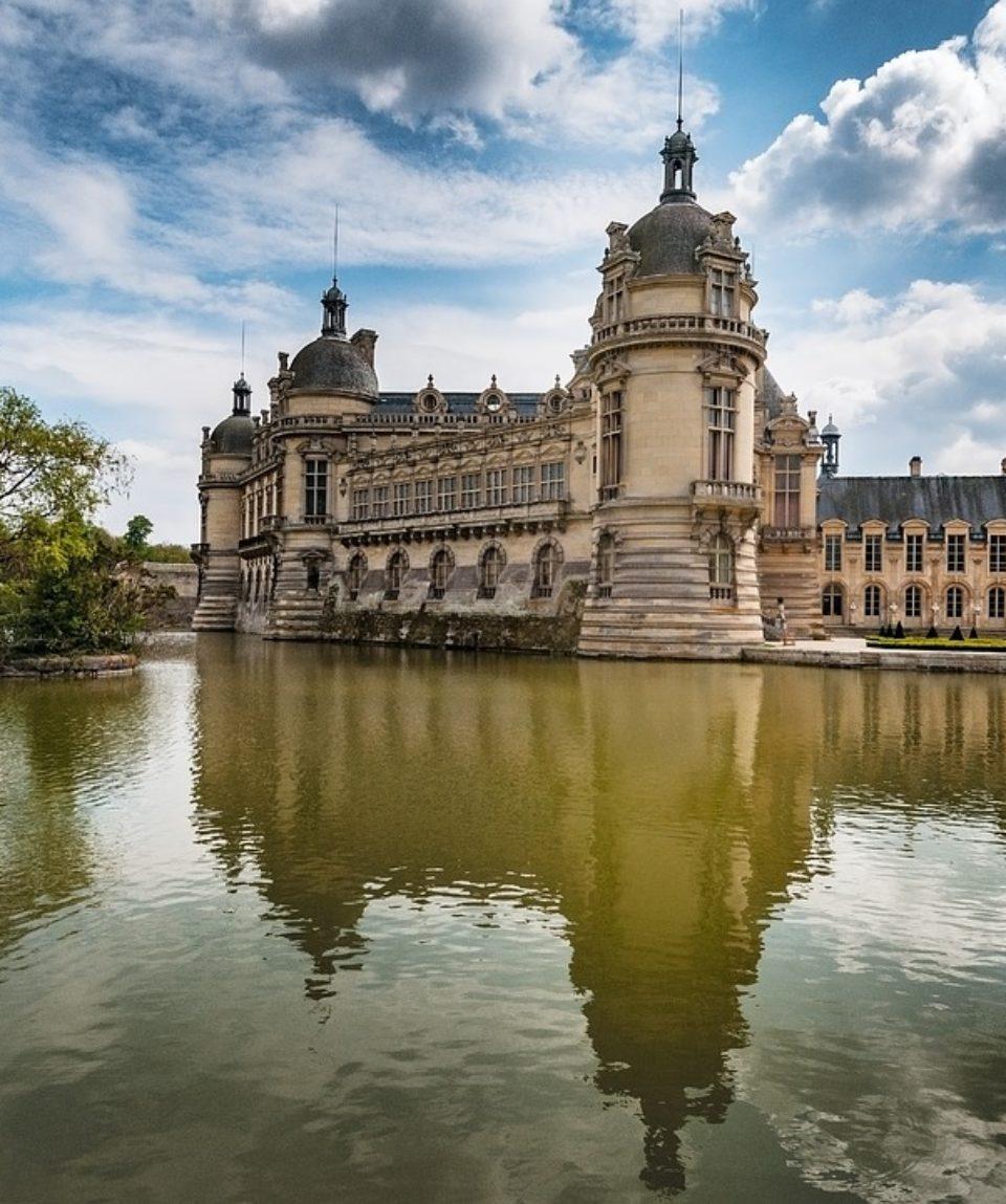 chateau-3107962_960_720