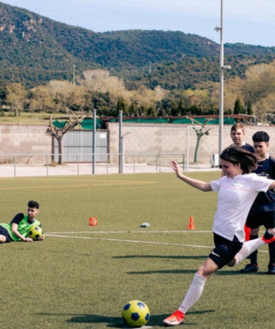 Football 2 2021 a73db8c9-ea4f-42cc-8356-5bcb5d66791d-860x460_c